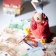 Baufinanzierungen in Fremdwährung sind aktuell nicht zu empfehlen (Foto: djd/www.geld-magazin.de)