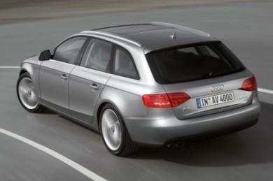 Wer sich etwa für einen Audi A 4 Avant 2.0 TDI und den Servicebaustein Inspektion und Verschleiß entscheidet, kann über einen Zeitraum von drei Jahren mehr als 1.000 Euro sparen. (Foto: djd/Audi)