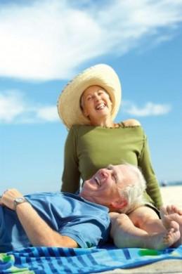In einer alternden Gesellschaft ist private Vorsorge notwendiger denn je, um den Ruhestand entspannt genießen zu können. (Foto: djd/Ergo Direkt Versicherungen)