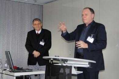 Eine vielsprechende Zukunft für das Berufsbild der Präventologen sieht der Vorsitzende des Berufsverbandes Deutscher Präventologen, Dr. med. Elis Huber und der Ökonom Leo A. Nefiodow. (Foto: djd/Berufsverband Deutscher Präventologen)