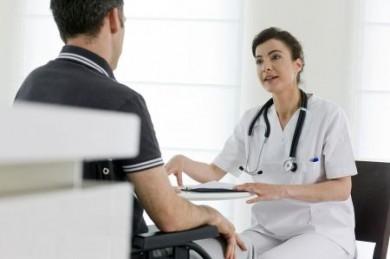 Viel zu wenig Bundesbürger haben für den Fall vorgesorgt, dass sie ihren Beruf aus gesundheitlichen Gründen aufgeben müssen. (Foto: djd/AXA)