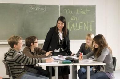 """Das Projekt """"Du bist ein Talent"""" von Randstad Deutschland war einer der Gewinner des Wettbewerbs """"Beschäftigung gestalten - Unternehmen zeigen Verantwortung"""". (Foto: djd/Randstad Deutschland)"""