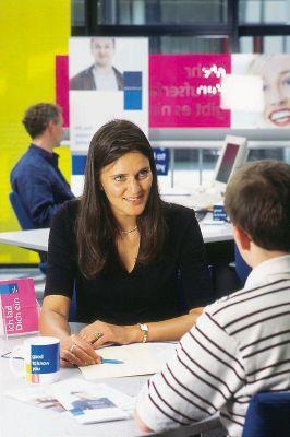 In allen deutschen Randstad-Niederlassungen können sich interessierte Bewerber über Stellenangebote und Perspektiven informieren.